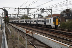 379001 (Rob390029) Tags: 379001 emu electric multiple unit train track tracks rail rails travel travelling transport transportation transit public bethnal green railway station bet london geml great eastern mainline abelio greater anglia