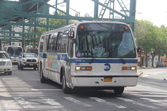 IMG_9890 (GojiMet86) Tags: mta nyc new york city bus buses 1998 t80206 rts 5062 q56 jamaica avenue lefferts blvd