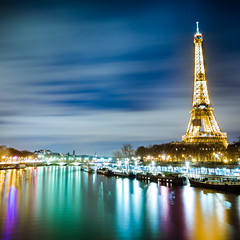 Eiffel Tower in Paris (Zeeyolq Photography) Tags: seine france river eiffeltower longexposure paris toureiffel night