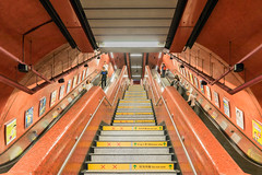 MTR Station - Hongkong 179/188 (*Capture the Moment*) Tags: 2017 escalator fotowalk hongkong mtr menschen people rolltreppen sonya7m2 sonya7mii sonya7mark2 sonya7ii sonyfe2470mmf4zaoss sonyilce7m2 subway subwaystation ubahn
