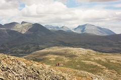 Mountain trip, Rondane nationalpark, Norway (KronaPhoto) Tags: 2018 sommer summer rondane view utsikt nationalpark nasjonalpark norway norge nature natur fjell mountain landscape landskape people sport
