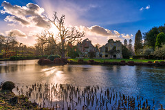 Sunburst (Jim Nix / Nomadic Pursuits) Tags: aurorahdr2018 england europe hdr kent lightroom london luminar2018 macphun manor scotneycastle skylum sony sonya7ii uk unitedkingdom goldenhour highdynamicrange ruins sunset travel