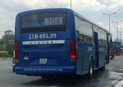 51B-095.99 (hatainguyen324) Tags: cngbus hyundai bus104 saigonbus xe104