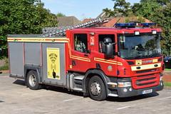 Humberside - YJ58EES - Barton Upon Humber - WrT (matthewleggott) Tags: humberside fire rescue service engine appliance barton upon humber yj58ees wrt water tender scania emergency one