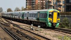 377610 (JOHN BRACE) Tags: 2012 bombardier derby built class 377 electrostar 377610 southern livery east croydon station