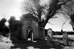 Vans Agnew Mausoleum Kirkinner (andy_AHG) Tags: kirkinner stkennera vansagnewmausoleum scotland galloway themachars wigtownshire northernbritain outdoors rural countryside history legend folklore graveyard tombs cemetery burialground old ancient ruined