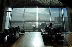 Arlanda airport (Eleni Maitou) Tags: streetphotography silhouette nikon airport windows