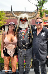 Aug 3 2018 - Cam and a few of his fans in Sturgis (La_Z_Photog) Tags: lazy photog elliott photography worland wyoming sturgis south dakota motorcyclye rally black hills sexy women