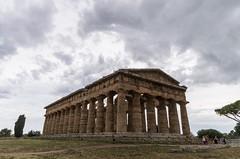 Tempio di Poseidone - Paestum, Italy (marioturco) Tags: tempio poseidone paestum temple italy italia poseidon greek antico rovine campo sky architettura architecture