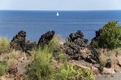 Lava,mare,barca... (Renato Pizzutti) Tags: barcaavela isoladivulcano eolie sicily nikond750 renatopizzutti lava