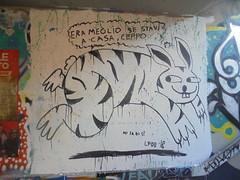 era meglio se stavi a casa, ceppo- mi sa di sì (en-ri) Tags: lfbd bianco nero coniglio rabbit 18 2018 firenze wall muro graffiti writing