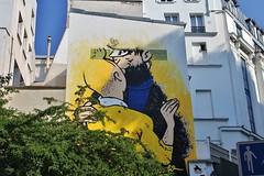 Combo_3509 rue des Petits Carreaux Paris 02 (meuh1246) Tags: streetart paris combo ruedespetitscarreaux paris02 couple baiser tintin capitainehaddock casquette