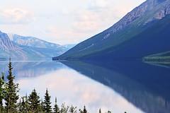 Tagish Lake, Yukon Territory, Canada (die Augen) Tags: alaska canon ls2 lake tagish mountain water forest landscape sky