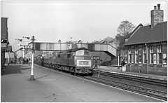 An act of contrition... (pjs,0840) (geoff7918) Tags: class52 kingsnorton 27041964 stationbuildings signals trainspotters freight camphill