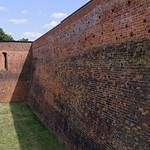 Burg Eisenhardt - Außenmauer thumbnail