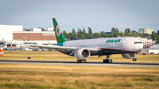 Boeing 777-35E(ER) B-16740 EVA Airways