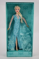Frozen: The Broadway Musical Collectibles - Limited Edition Elsa Doll - Open Box - Covers Off - Full Front View (drj1828) Tags: frozen broadway musical merchandise collectible purchase doll 12inch limitededition boxed opened