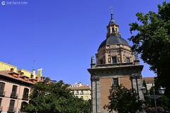 20180718 Madrid-Austrias (24) R01 (Nikobo3) Tags: europe europa españa spain madrid austrias urban street arquitectura architecture travel viajes nikon nikond800 d800 sigma3514art nikobo joségarcíacobo