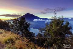 Senaru Rim Sunset (Azam Alwi) Tags: fujifilmxt1 fujifilm sunrise sunset indonesia mountrinjani mount travel touit2812 senarurim