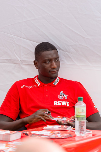 Sehrou Guirassy during autograph session