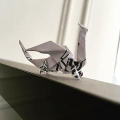 Petit dragon post-it #origami #origamiart #papercraft #paper #paperart #craft #paperfolding #dragon #dragons #origamidragon #origamidragons #paperdragon #paperdragons #postit (OrigamiInvasion) Tags: origami paperfolding papercraft paper craft