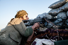 IMG_6871.jpg (Reportages ici et ailleurs) Tags: kurdistanirakien urbanwar kurdes sinjar pkk yezidis peshmerga battle city yekineyenberxwedanshengale ybs guerre shengal ezidis guerreurbaine yannrenoult fight bataille war isis hpg ypg yjastar etatislamique montagne guerilla kurd ville yekineyenparastinagel mountain
