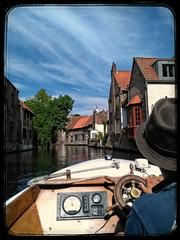 #Brujas #paseoenbarco #Bélgica #Belgique #Brugge #casas #Agua #tourism (martaguadalupe7777) Tags: brugge casas brujas bélgica agua belgique tourism paseoenbarco