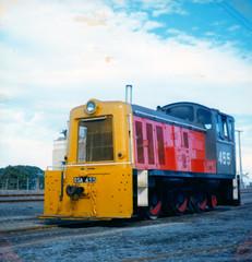DSA 455 08/04/1983 Napier, NZ (DX 5517) Tags: dsa dsa455 455 bagnall 060 shunter switcher dsaclass nzr newzealandrailways newzealand napier