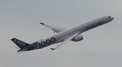 D18943.  Airbus A350-1000 XWB. (Ron Fisher) Tags: aircraft airliner airbus airbusa3501000xwb farnboroughairshow aeroplane airshow