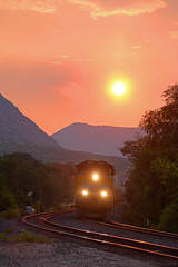UP 8805 East at Glenwood Springs, CO (wales23us) Tags: up unionpacific up8805 coaltrain