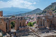 THEATRE GRECO-ROMAIN DE TAORMINE (daumy) Tags: taormine sicile grecoromain theatre etna mur brique pierre histoire romain grecque antique