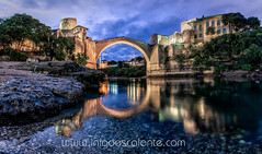 Stari Most in Mostar at night after sunset (Iñigo Escalante) Tags: fountain arch bridge building exterior famous place architecture tourism old town steeple townscape palace landmark square stari most mostar bosnia night sunset river herzegovina