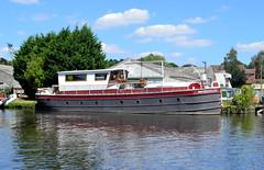 Resolute (R~P~M) Tags: boat barge humberkeel broads river yare brundall norfolk england uk unitedkingdom greatbritain
