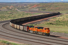 ACes on a southbound coal (Moffat Road) Tags: bnsf coaltrain unittrain powderriverbasin orinline conversejunction wyoming wy emd sd70ace 8469 curve converse