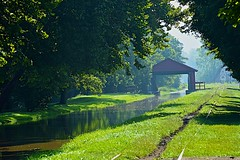 Aqueduct on Whitewater Canal (durand clark) Tags: aqueduct metamoraindiana whitewatercanal whitewatervalleyrailroad canal railroad southeastindiana indiana nikond750 fog mist