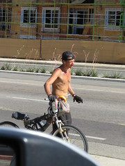 IMG_0953 (CAHairyBear) Tags: men man hom homme hombre uomo shirtless