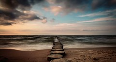 Au revoir mon Amour (Yelliholm) Tags: nature balticsea summer dramatic canoneos germany ngc