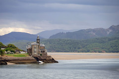 The Clock House (Howie Mudge LRPS BPE1*) Tags: theclockhouse landscape nature ngc barmouth gwynedd wales cymru mawddachestuary sony sonya6300 sonyalpha sonyalphagang sonyilce6300 sony18135mm e18135mmf3556oss flickrtravelaward
