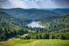 Lac de la Lande | Explore #22 03.08.2018 (CrËOS Photographie) Tags: lac forêt montagne vosges paysage eau ciel nuage nature arbre