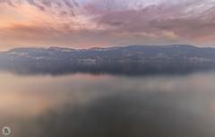 Lac du Bourget [FR] (ta92310) Tags: travel savoie 73 france europe aixlesbains sunset lake lac bourget cloudly canon 6d autumn 2016 landscape night paysage auvergnerhônealpes longexposure