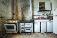 Gone on holiday (Mike Foo) Tags: urbex fuji fujifilm xt2 mirrorless abbandono abandoned hdr rozklad villa kitchen cooker room spooky haunting derelict decay secret lost forgotten