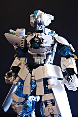 V4 helmet (Jaywaaa) Tags: bionicle bonkle wip moc transblue gold pearlgold white ccbs lego legosystem technic