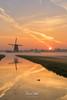 Sunrise Aarlanderveen 16 (M van Oosterhout) Tags: sunrise sun zonsopkomst nederland netherlands holland dutch alphen aan den rijn aarlanderveen windmill molen