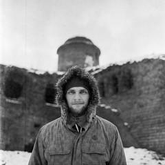 PHSQUAT3559018 (newmandrew_online) Tags: filmisnotdead film mamiya mamiyac220 belarus bobruisk portrait 6x6 bw blackandwhite expired outdoor lomography