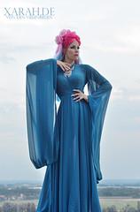 Xarah by Raven Wood (Xarah von den Vielenregen) Tags: xarah cosplay pinkblue pinkhair bluedress fairy dreamy fairytale doll pink blue