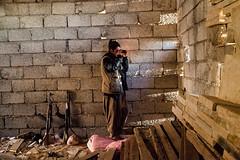 IMG_7090.jpg (Reportages ici et ailleurs) Tags: kurdistanirakien urbanwar kurdes sinjar pkk yezidis peshmerga battle city yekineyenberxwedanshengale ybs guerre shengal ezidis guerreurbaine yannrenoult fight bataille war isis hpg ypg yjastar etatislamique montagne guerilla kurd ville yekineyenparastinagel mountain