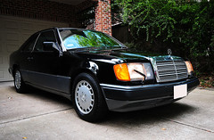 1991 Mercedes Benz 300 CE (Autophocus) Tags: 1991mercedesbenz300ce mercedes coupe w124 classiccars car automobile vehicle collectiblecars ride wheels elegance sophisticateddesign luxurybrand style upperclass germanengineering germaninnovation refinedtechnology comfort protection executivetransportation statussymbol