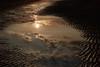 Sonne in der Pfütze (crea-foto) Tags: sonne spiegelung pfütze sand strand meer wolken