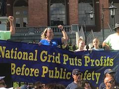 IMG_2672[2] (United Steelworkers) Tags: nationalgrid lockout usw union new kids block nkotb