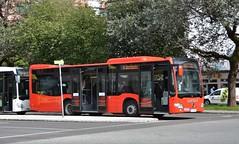 Wörgl, Bahnhofplatz 22.08.2017 (The STB) Tags: bus busse autobus autobús publictransport citytransport öpnv austria österreich